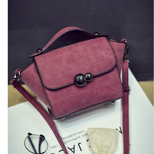 B27028 IDR.143.000 MATERIAL PU SIZE L21XH23XW10CM WEIGHT 400GR COLOR RED