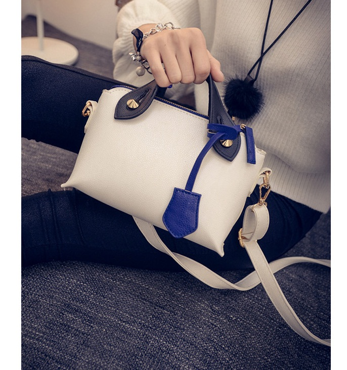 B27143 IDR.147.000 MATERIAL PU SIZE L21-18XH15XW9CM WEIGHT 550GR COLOR WHITE