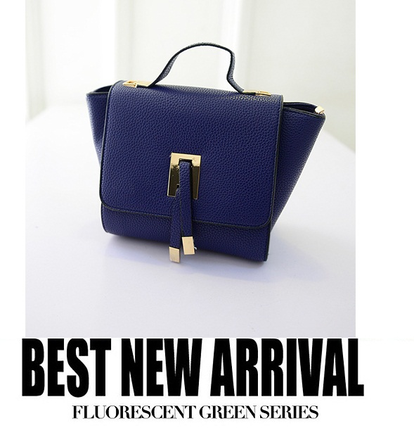 B2746 IDR.163.000 MATERIAL PU SIZE L20-30XH19CMXW13CM WEIGHT 600GR COLOR BLUE