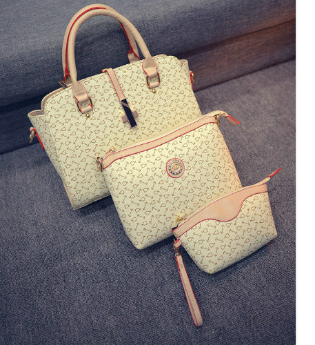 B27516 (3in1) - Harga sebelum Diskon IDR.205.000 MATERIAL PU SIZE L38XH24XW13CM WEIGHT 1000GR COLOR BEIGE