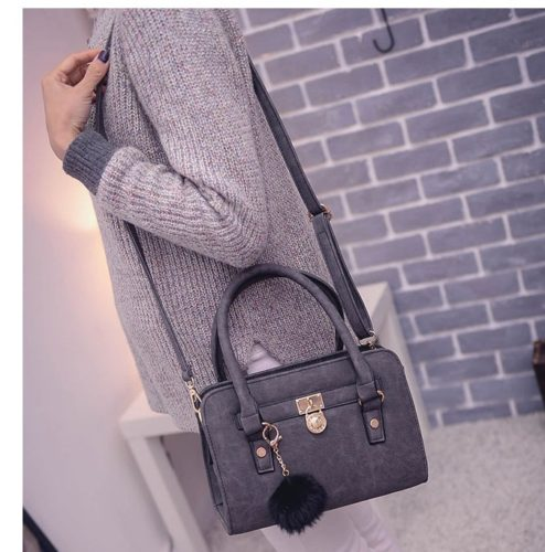 B27555  MATERIAL PU SIZE L27XH19XW10CM WEIGHT 700GR COLOR BLACK
