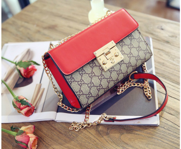 B27621 IDR.164.000 MATERIAL SIZE LENGTH L21XH13XW5CM WEIGHT 600GR COLOR RED