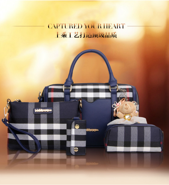B2765-(4in1) IDR.210.000 MATERIAL CANVAS SIZE L32X20X15CM WEIGHT 1100GR COLOR BLUEB2765-(4in1) IDR.210.000 MATERIAL CANVAS SIZE L32X20X15CM WEIGHT 1100GR COLOR BLUE