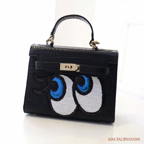 B27819  MATERIAL PU SIZE L27XH17XW8CM WEIGHT 650GR COLOR BLACK
