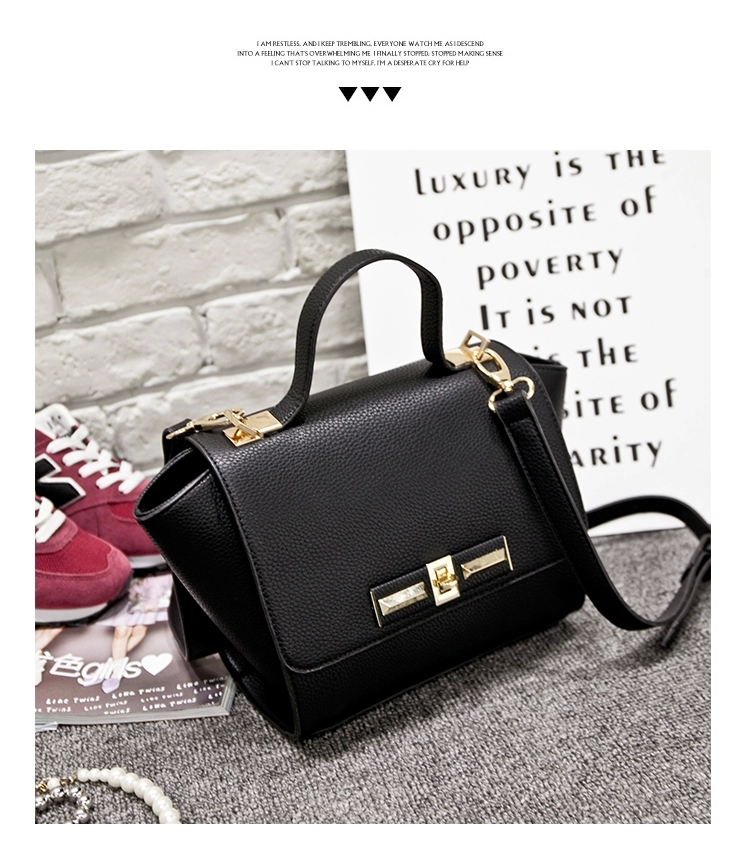 B2786 IDR.155.000 MATERIAL PU SIZE L22XH19XW13CM WEIGHT 600GR COLOR BLACK