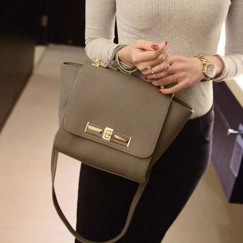 B2786 MATERIAL PU SIZE L22XH19XW13CM WEIGHT 600GR COLOR GRAY