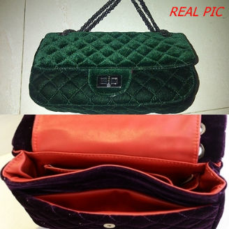 B2803 IDR.195.OOO MATERIAL HIGH-VELVET SIZE L27XH7XW13CM WEIGHT 600GR COLOR GREEN.jpg