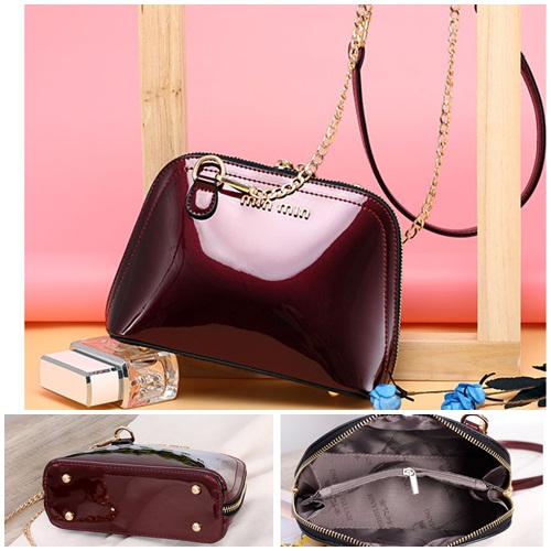 B28081 IDR.145.000 MATERIAL PU SIZE L20XH15XW8CM WEIGHT 550GR COLOR WINE