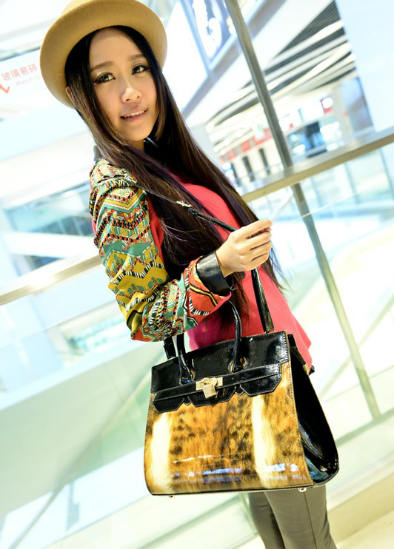 B2815 IDR.198.OOO MATERIAL PU SIZE L32XH26XW11CM WEIGHT 800GR COLOR COFFEE.jpg
