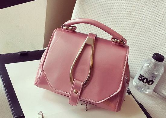 B28460 IDR.163.000 MATERIAL PU SIZE L20XH15XW12CM WEIGHT 600GR COLOR PINK