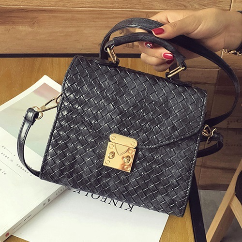 B29551 MATERIAL PU SIZE L20XH17XW9CM WEIGHT 550GR COLOR BLACK
