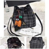 B29851 MATERIAL CLOTH SIZE L25XH24XW12CM WEIGHT 600GR COLOR BLACK