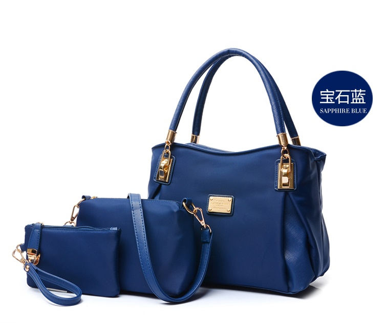 B3316-(3in1) IDR.210.000 MATERIAL NYLON SIZE L30XH23XW9CM WEIGHT 1000GR COLOR BLUE