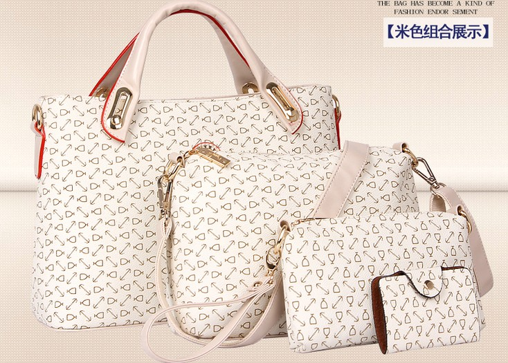 B4035(4IN1) IDR.223.000 MATERIAL PU SIZE L32XH20XW10CM WEIGHT 900GR COLOR BEIGE