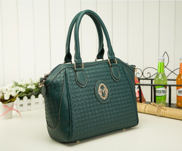 B423(2in1) IDR.225.000 MATERIAL PU SIZE L40XH27XW13CM WEIGHT 950GR COLOR GREEN