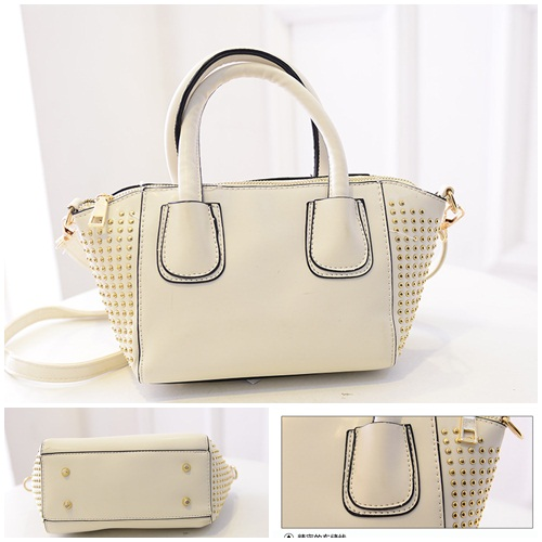 B434 IDR.184.000 MATERIAL PU SIZE L20-30XH15XW10CM WEIGHT 650GR COLOR WHITE