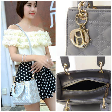 B438 IDR.184.000 MATERIAL PU SIZE L20XH15XW10CM WEIGHT 700GR COLOR GRAY