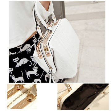 B450 IDR.208.000 MATERIAL PU SIZE L38XH21XW16CM WEIGHT 1200GR COLOR WHITE