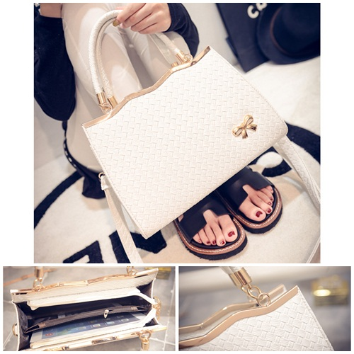 B475 IDR.180.000 MATERIAL PU SIZE L30XH29XW9CM WEIGHT 800GR COLOR WHITE