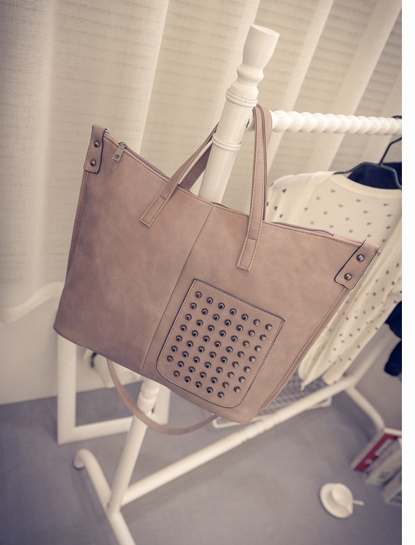 B492 IDR.192.000 MATERIAL PU SIZE L36XH30XW12CM WEIGHT 600GR COLOR GRAY.jpg