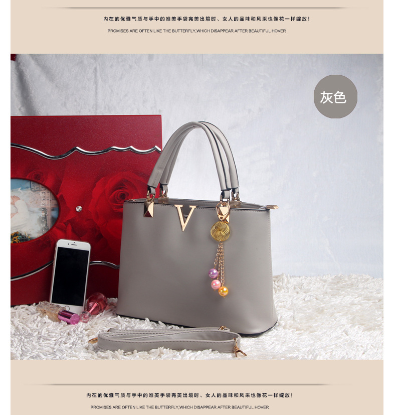 B573 IDR.192.000 MATERIAL PU SIZE L25XH20XW10CM WEIGHT 800GR COLOR GRAY