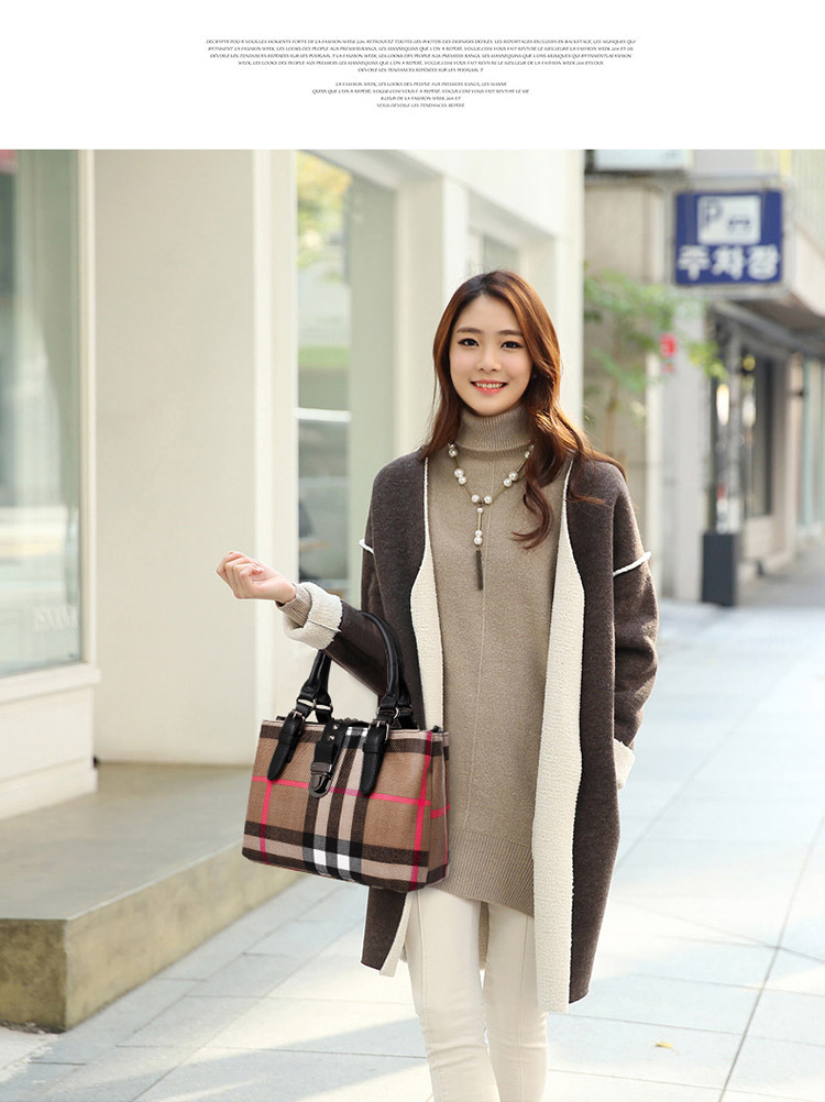 B575 IDR.206.000 MATERIAL CANVAS+PU SIZE L29XH19XW13CM WEIGHT 850GR COLOR BLACK.jpg
