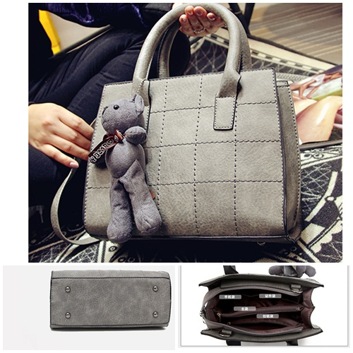 B597 IDR.172.000 TAS FASHION MATERIAL PU SIZE L32XH28XW14CM WEIGHT 780GR COLOR GRAY