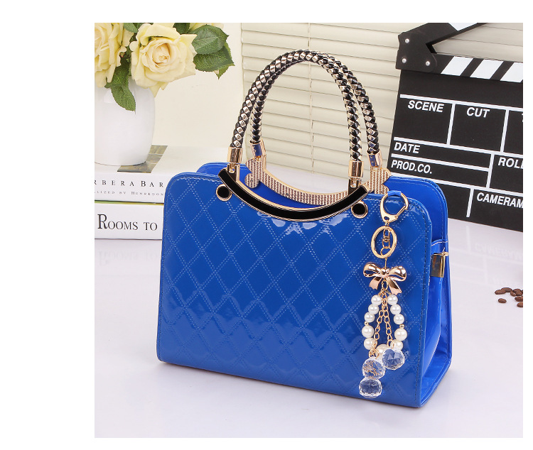 B6338 IDR.203.000 MATERIAL PU SIZE L28XH20XW11CM WEIGHT 800GR COLOR BLUE