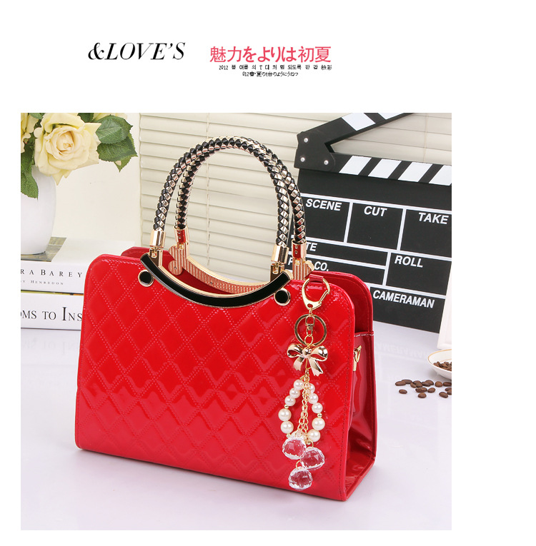 B6338 IDR.203.000 MATERIAL PU SIZE L28XH20XW11CM WEIGHT 800GR COLOR RED