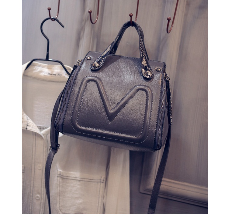 B6932 IDR.177.000 MATERIAL PU SIZE L20XH21XW15CM WEIGHT 600GR COLOR GRAY