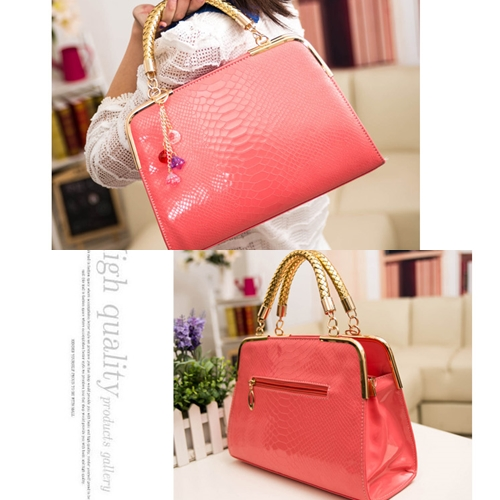 B702 MATERIAL PU SIZE L30XH25XW10CM WEIGHT 800GR COLOR PINK