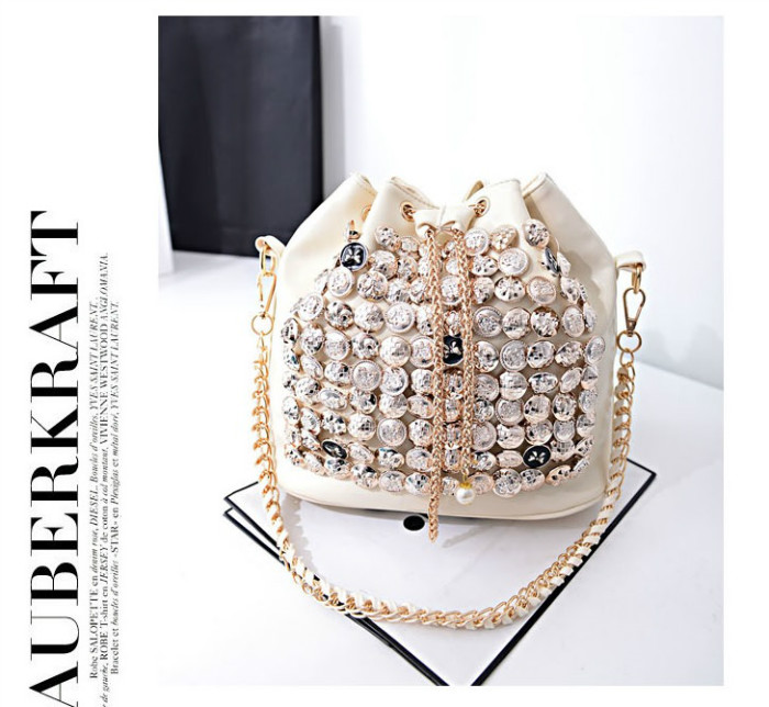 B742 IDR.182.000 MATERIAL PU SIZE L26XH27XW15CM WEIGHT 800GR COLOR BEIGE