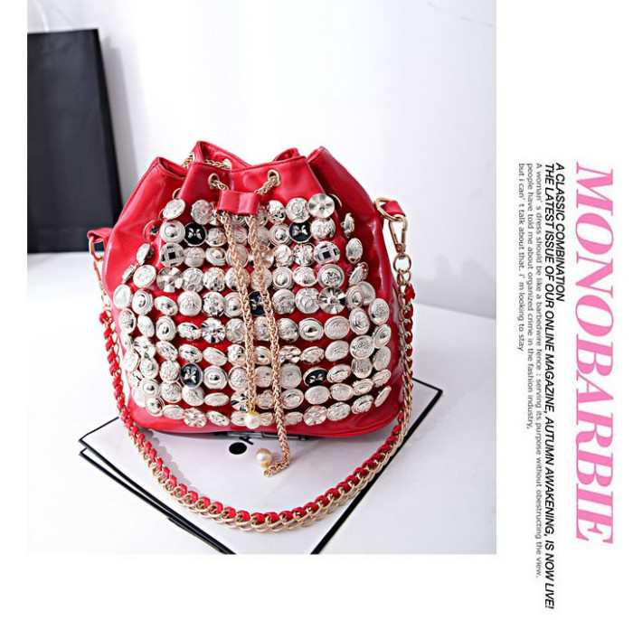 B742 IDR.182.000 MATERIAL PU SIZE L26XH27XW15CM WEIGHT 800GR COLOR RED