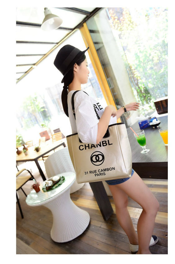 B775 IDR.179.OOO MATERIAL PU SIZE L38-30CMXH30XW11CM WEIGHT 600GR COLOR GOLD.jpg