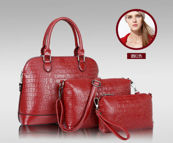 B790-(3in1) IDR.220.000 MATERIAL PU SIZE L32XH24XW13CM WEIGHT 1000GR COLOR RED