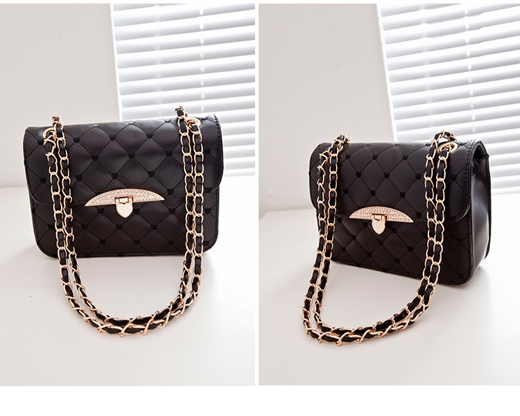 B801 IDR.155.000 MATERIAL PU SIZE L23XH16XW7CM WEIGHT 500GR COLOR BLACK - Copy
