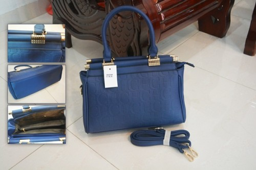 B8028 IDR.215.000 MATERIAL PU SIZE L29XH23XW10CM WEIGHT 900GR COLOR BLUE.jpg