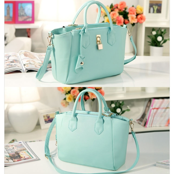 B8239 IDR.175.000 TAS FASHION MATERIAL PU SIZE L29XH23XW10CM WEIGHT 610GR COLOR GREEN