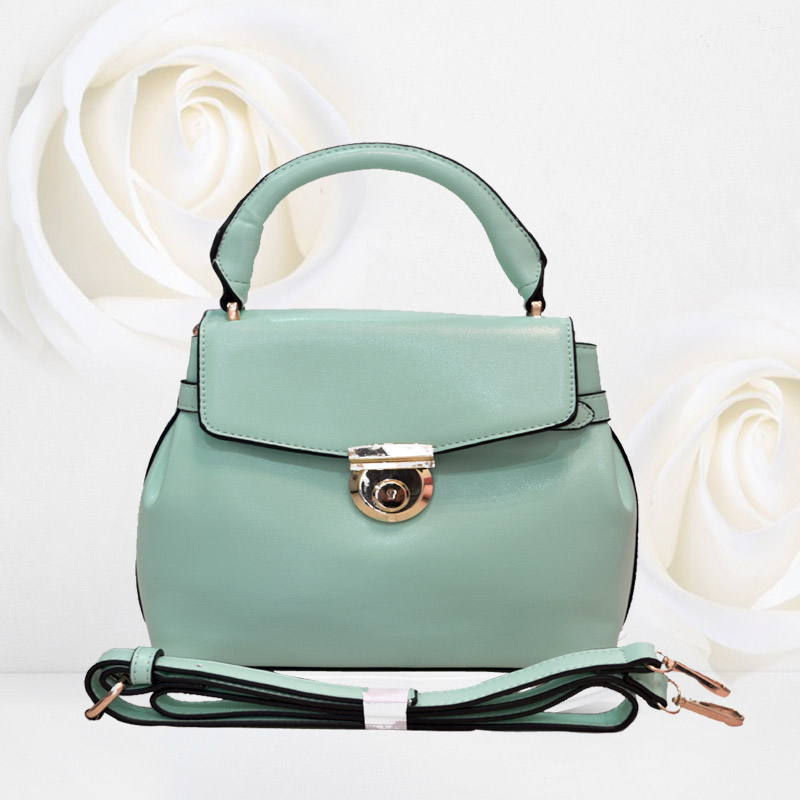 B828 IDR.215.000 MATERIAL PU SIZE L25XH23XW13CM WEIGHT 650GR COLOR GREEN