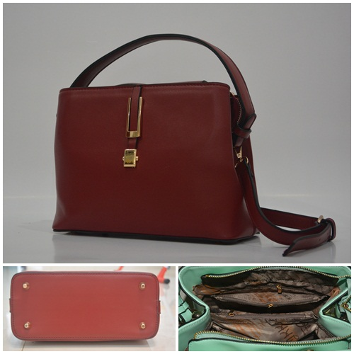 B830 IDR.215.000 MATERIAL PU SIZE L26XH20XW14CM WEIGHT 700GR COLOR RED