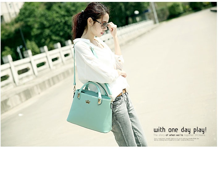 B8345 IDR.199.000 MATERIAL PU SIZE L35XH23X11CM WEIGHT 750GR COLOR GREEN
