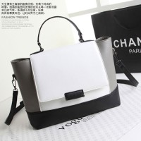 B8396 IDR.205.000 MATERIAL PU SIZE L38XH24XW9CM WEIGHT 850GR COLOR WHITE