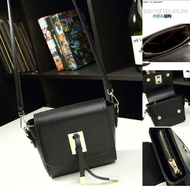 B8413 IDR.159.000 MATERIAL PU SIZE L20XH13XW6CM WEIGHT 500GR COLOR BLACK