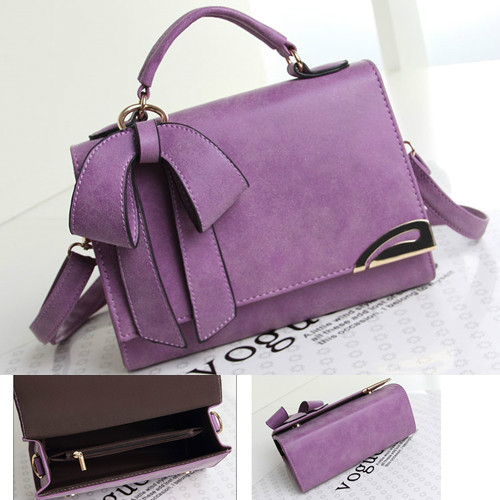 B8424 IDR.170.000 MATERIAL PU SIZE L23XH17XW9CM WEIGHT 650GR COLOR PURPLE