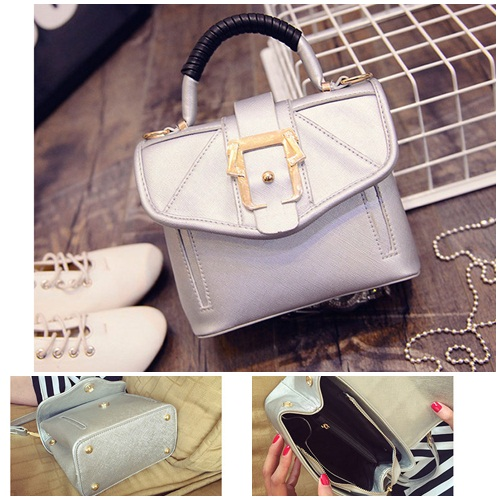 B8435 IDR.199.000 MATERIAL PU SIZE L22XH15XW11CM WEIGHT 600GR COLOR SILVER