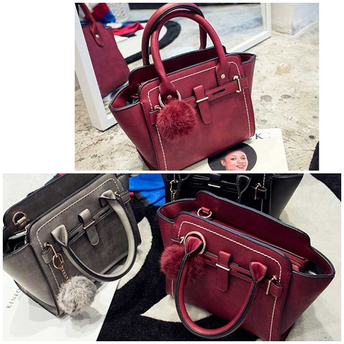 B8459 IDR.185.000 MATERIAL PU SIZE L21XH20XW10CM WEIGHT 750GR COLOR RED.jpg