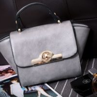 B8483 IDR.163.000 MATERIAL PU SIZE L26XH14XW10CM WEIGHT 550GR COLOR GRAY