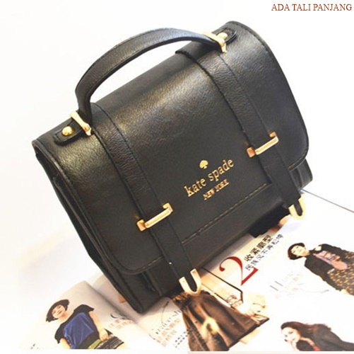 B8510 IDR.165.000 MATERIAL PU SIZE L21XH17XW11CM WEIGHT 650GR COLOR BLACK