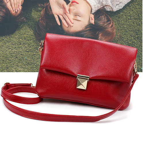 B8982 IDR.185.000 MATERIAL PU SIZE L28XH21XW13CM WEIGHT 700GR COLOR RED