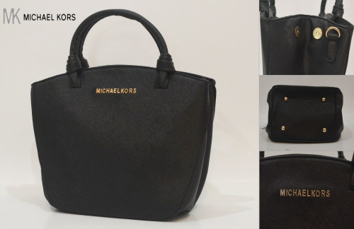 B902 IDR.212.000 MATERIAL PU SIZE L28XH23XW14CM WEIGHT 700GR COLOR BLACK